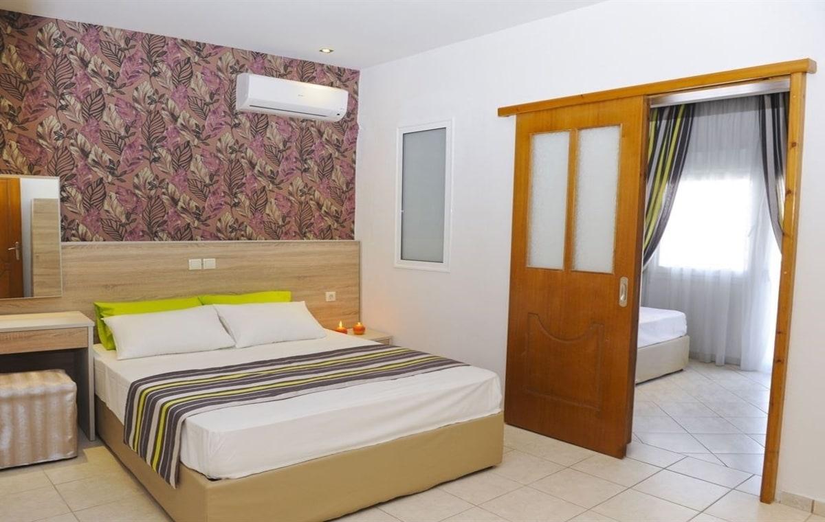 Letovanje_Grcka_Hoteli_Tasos_Asterias_hotel_Barcino_Tours-1.jpg
