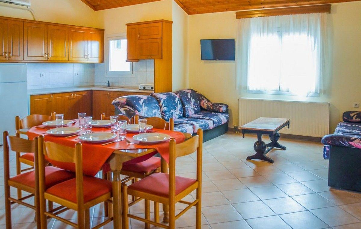 Letovanje_Grcka_Hoteli_Tasos_Filippos_hotel_Barcino_Tours-2.jpg