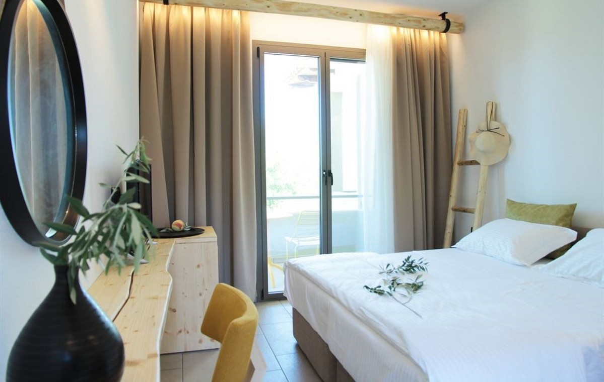 Letovanje_Grcka_Hoteli_Tasos_Filippos_hotel_Barcino_Tours-3-1.jpeg