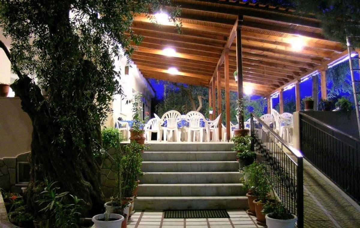 Letovanje_Grcka_Hoteli_Tasos_Filippos_hotel_Barcino_Tours-4.jpeg
