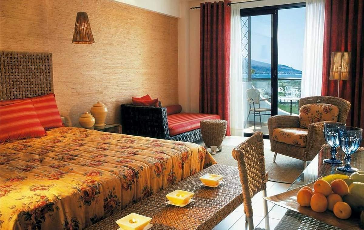 Letovanje_Grcka_Hoteli_Tasos_Ilio_mare_hotel_Barcino_Tours-16.jpeg