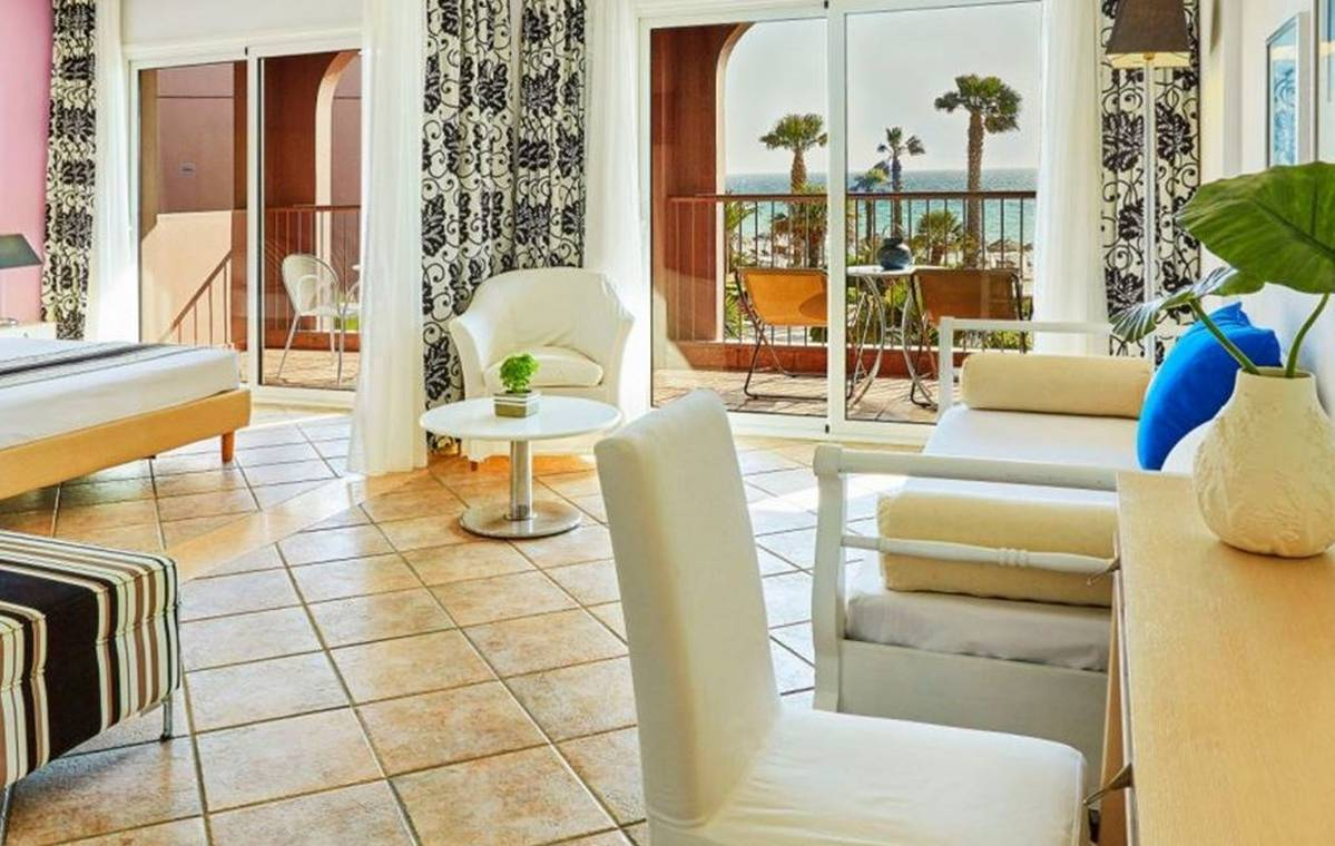 Letovanje_Grcka_Hoteli_Tasos_Ilio_mare_hotel_Barcino_Tours-6-1.jpeg