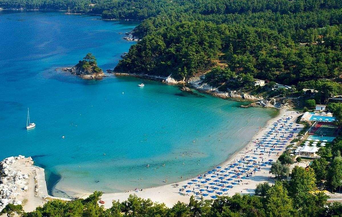 Letovanje_Grcka_Hoteli_Tasos_Makryammos_bungalows_hotel_Barcino_Tours-1.jpeg