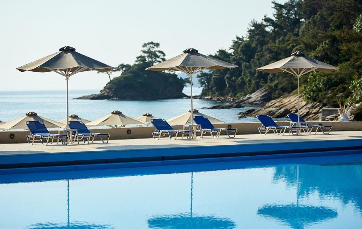 Letovanje_Grcka_Hoteli_Tasos_Makryammos_bungalows_hotel_Barcino_Tours-12.jpeg