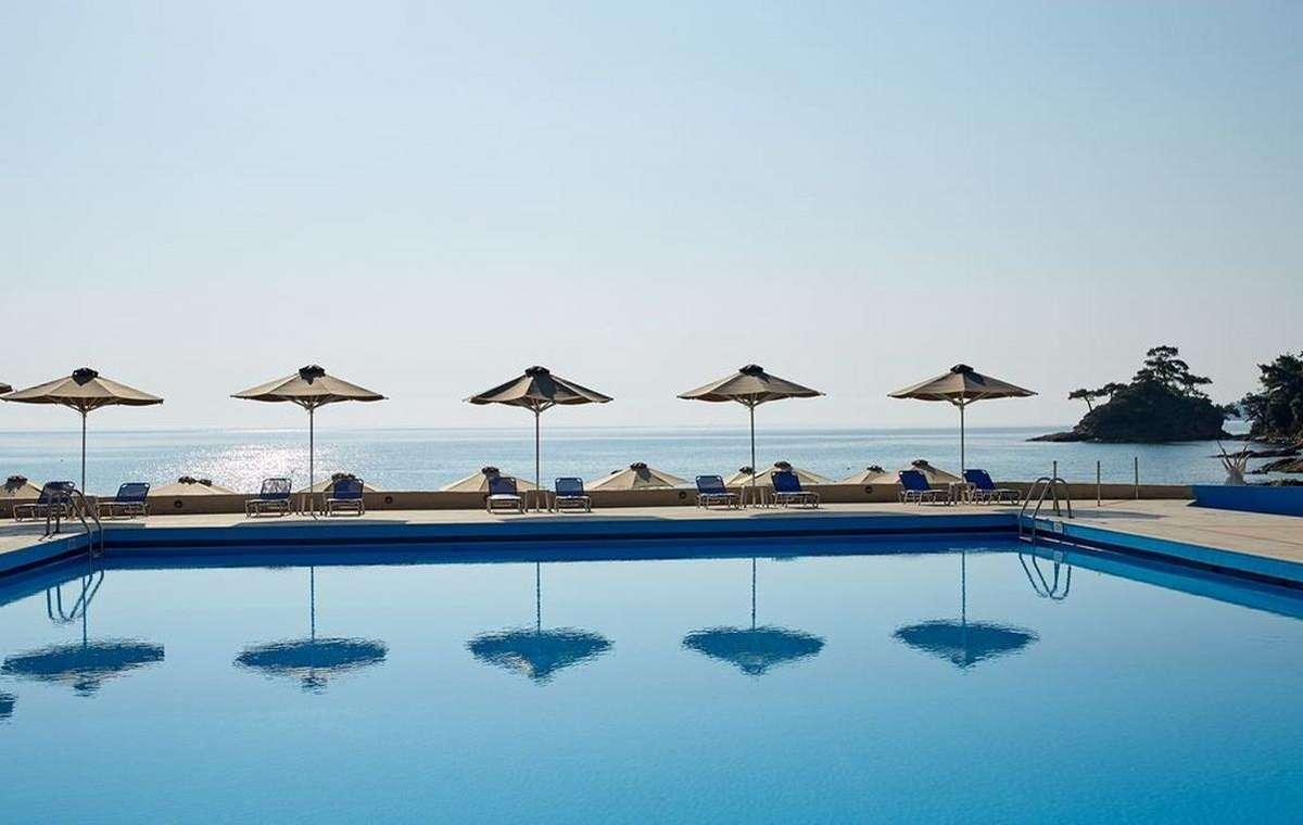 Letovanje_Grcka_Hoteli_Tasos_Makryammos_bungalows_hotel_Barcino_Tours-15.jpeg