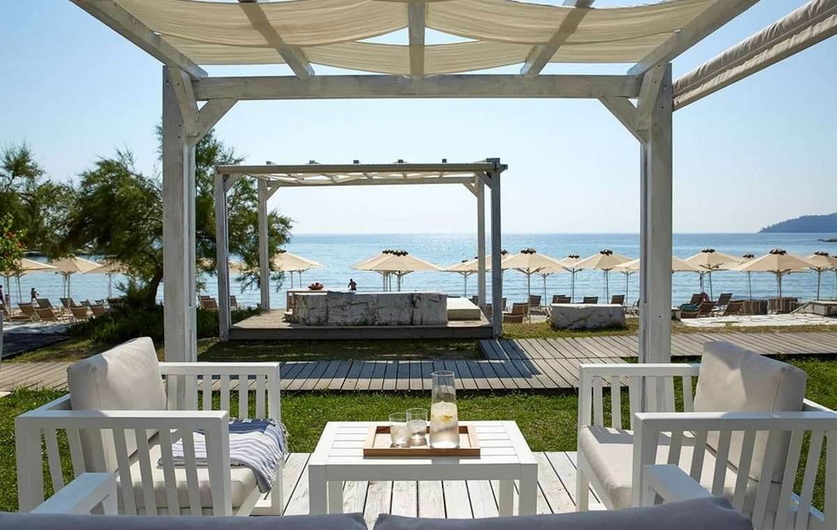 Letovanje_Grcka_Hoteli_Tasos_Makryammos_bungalows_hotel_Barcino_Tours-3-1.jpeg