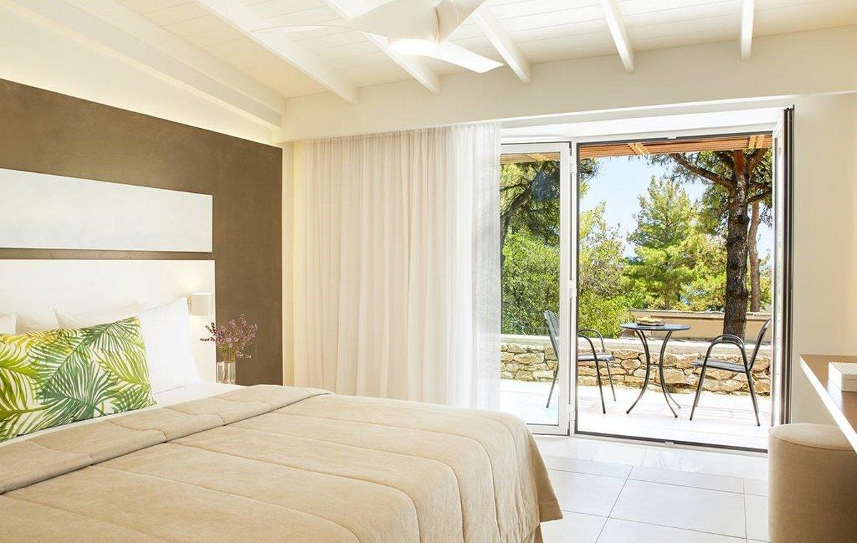 Letovanje_Grcka_Hoteli_Tasos_Makryammos_bungalows_hotel_Barcino_Tours-3-2.jpeg