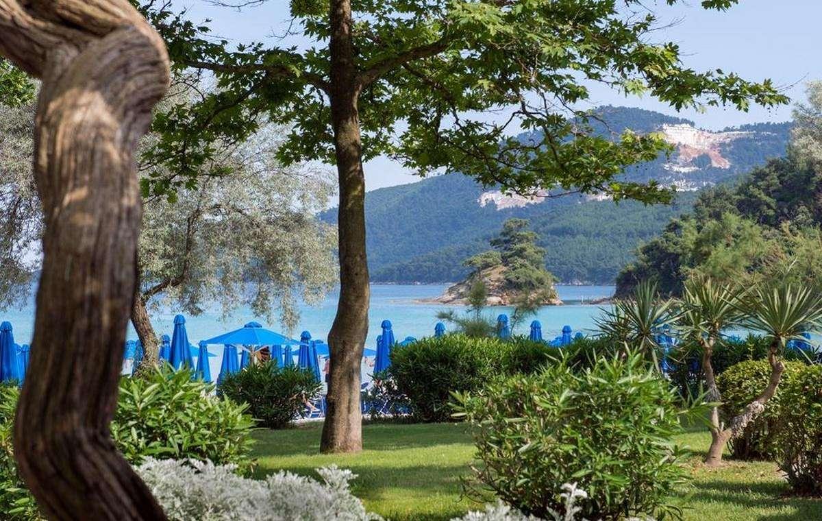 Letovanje_Grcka_Hoteli_Tasos_Makryammos_bungalows_hotel_Barcino_Tours-4.jpeg