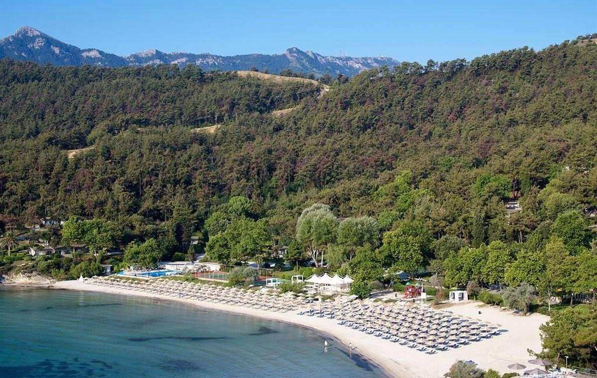 Letovanje_Grcka_Hoteli_Tasos_Makryammos_bungalows_hotel_Barcino_Tours-8.jpeg
