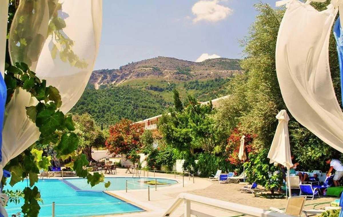 Letovanje_Grcka_Hoteli_Tasos_Maranton_beach_hotel_Barcino_Tours-1.jpeg