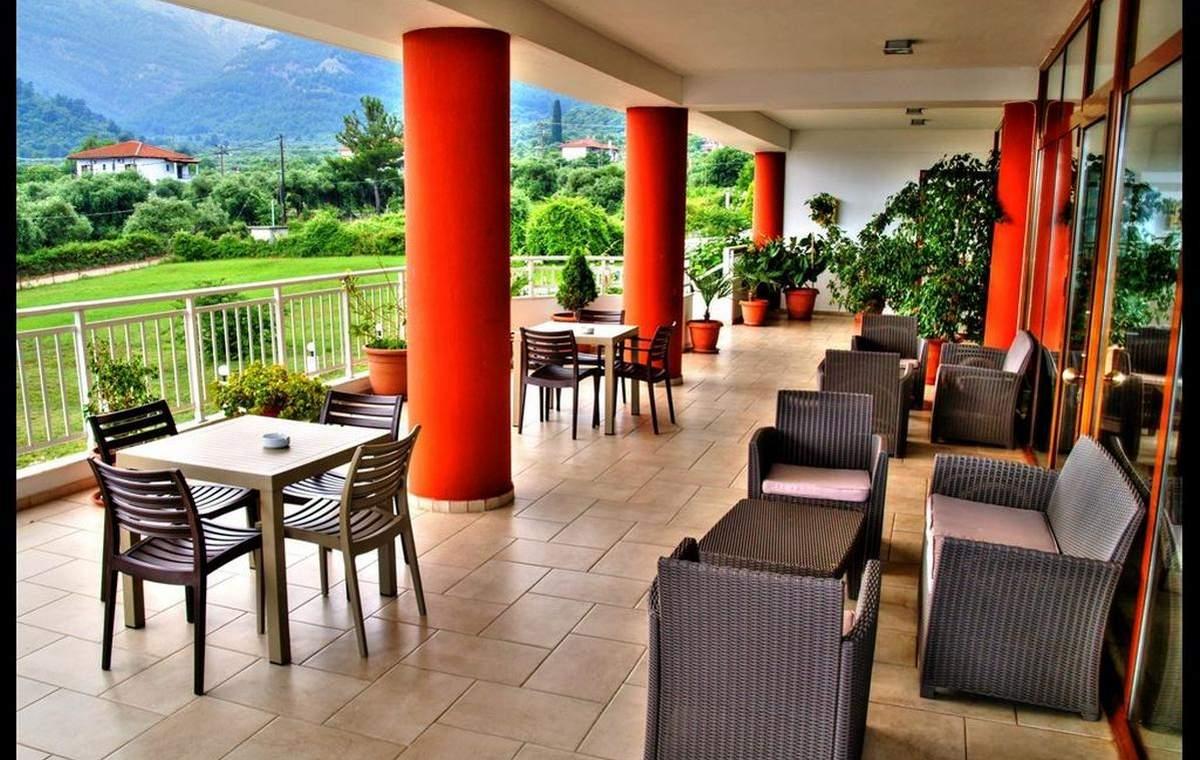Letovanje_Grcka_Hoteli_Tasos_Maranton_beach_hotel_Barcino_Tours-2-1.jpeg