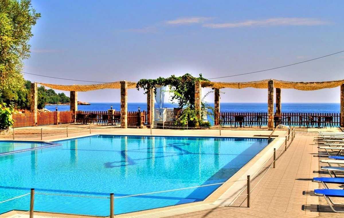 Letovanje_Grcka_Hoteli_Tasos_Maranton_beach_hotel_Barcino_Tours-2.jpeg