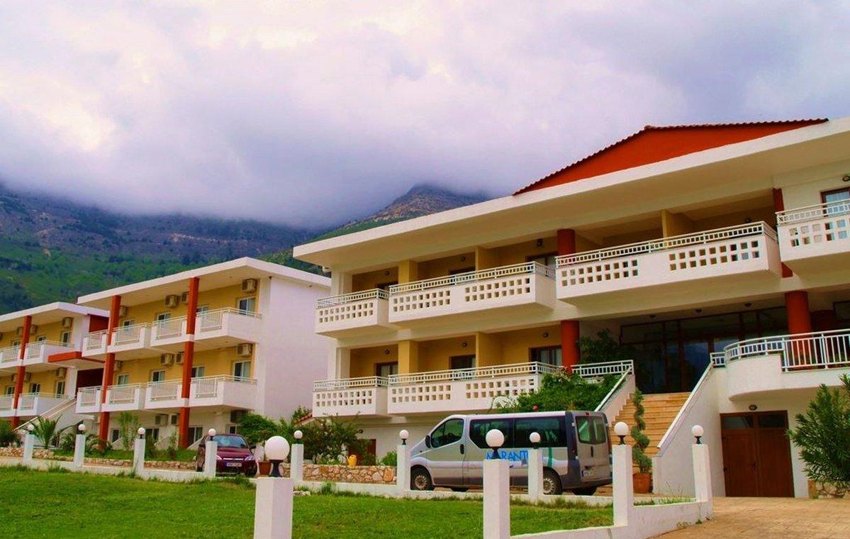 Letovanje_Grcka_Hoteli_Tasos_Maranton_beach_hotel_Barcino_Tours-3.jpeg