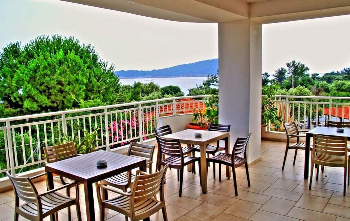 Letovanje_Grcka_Hoteli_Tasos_Maranton_beach_hotel_Barcino_Tours-4-1.jpeg
