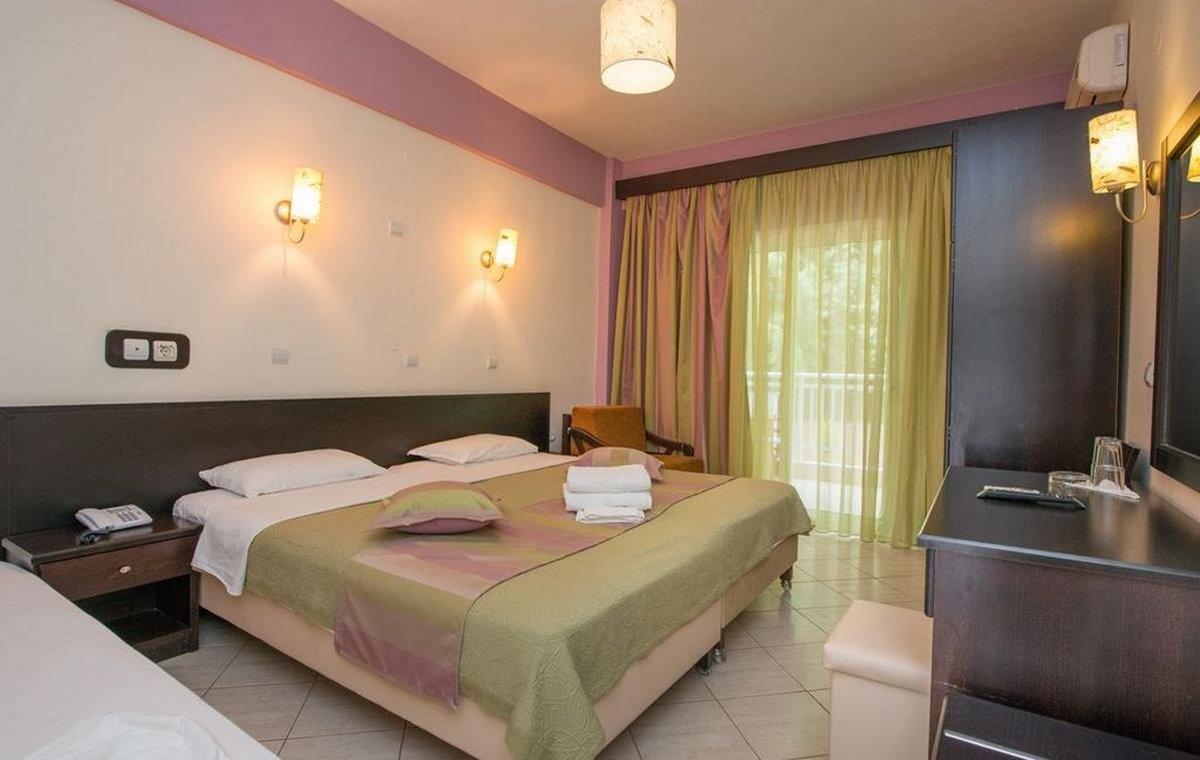 Letovanje_Grcka_Hoteli_Tasos_Maranton_beach_hotel_Barcino_Tours-4-2.jpeg