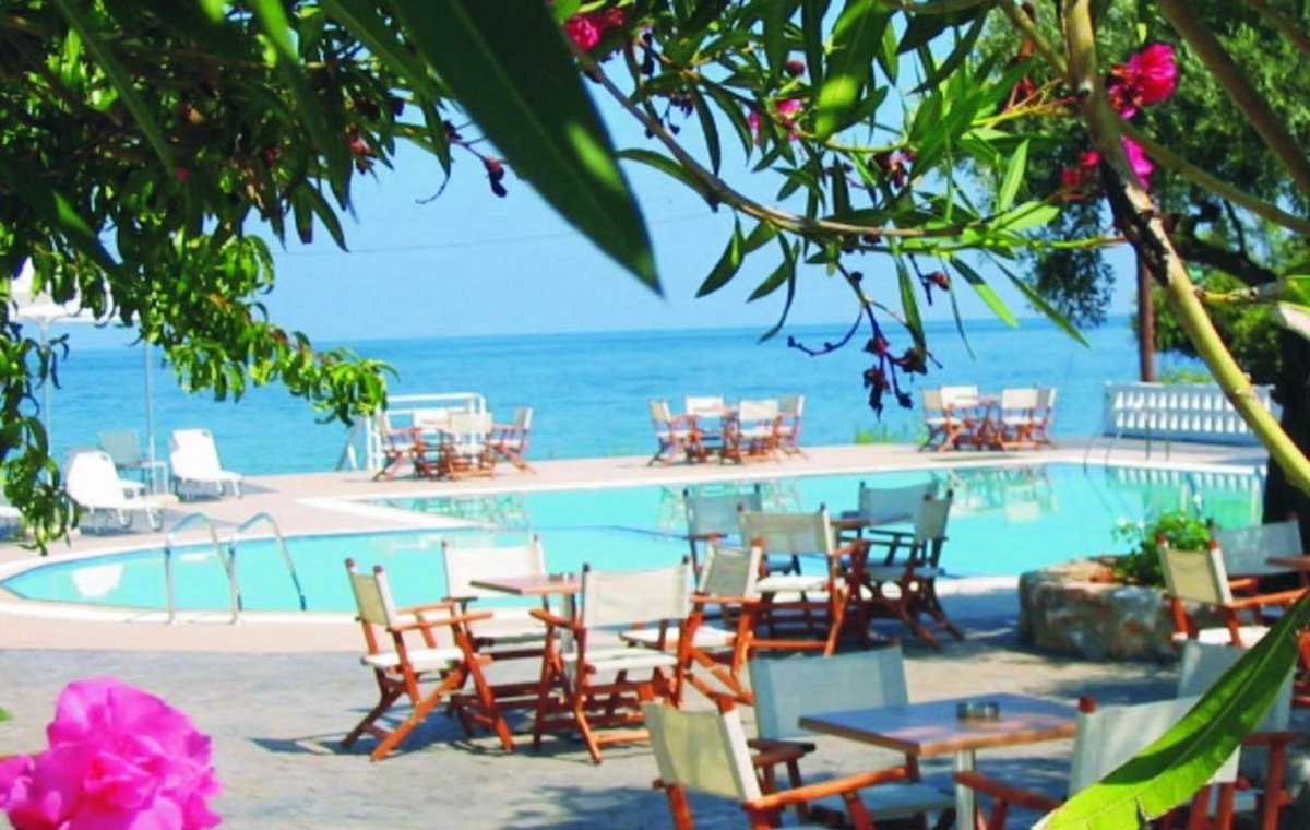 Letovanje_Grcka_Hoteli_Tasos_Maranton_beach_hotel_Barcino_Tours-7.jpeg