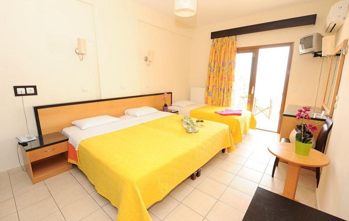 Letovanje_Grcka_Hoteli_Tasos_Maranton_beach_hotel_Barcino_Tours-9-1.jpeg