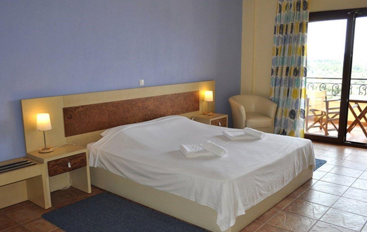 Letovanje_Grcka_Hoteli_Tasos_Moonbeam_hotel_Barcino_Tours-2-2.jpeg