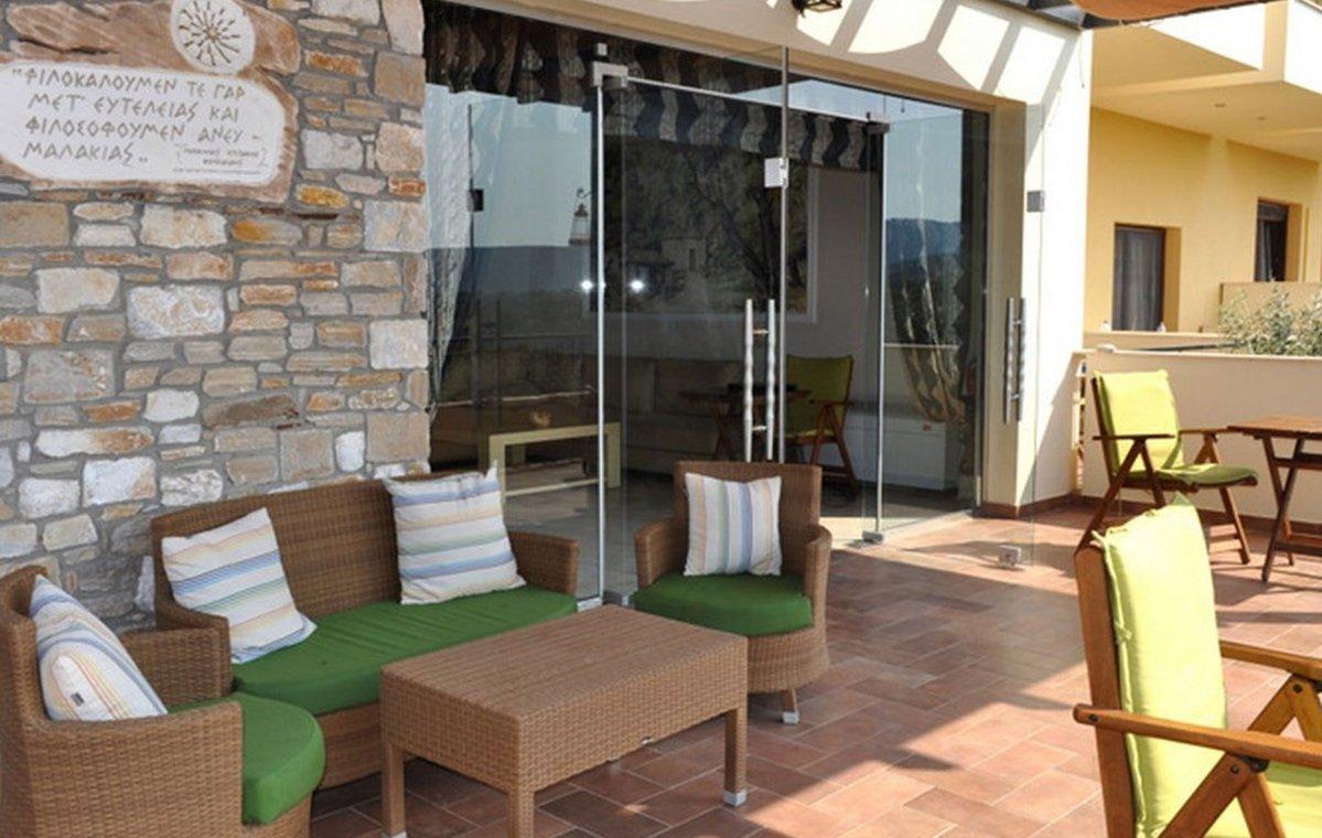 Letovanje_Grcka_Hoteli_Tasos_Moonbeam_hotel_Barcino_Tours-3-1.jpeg