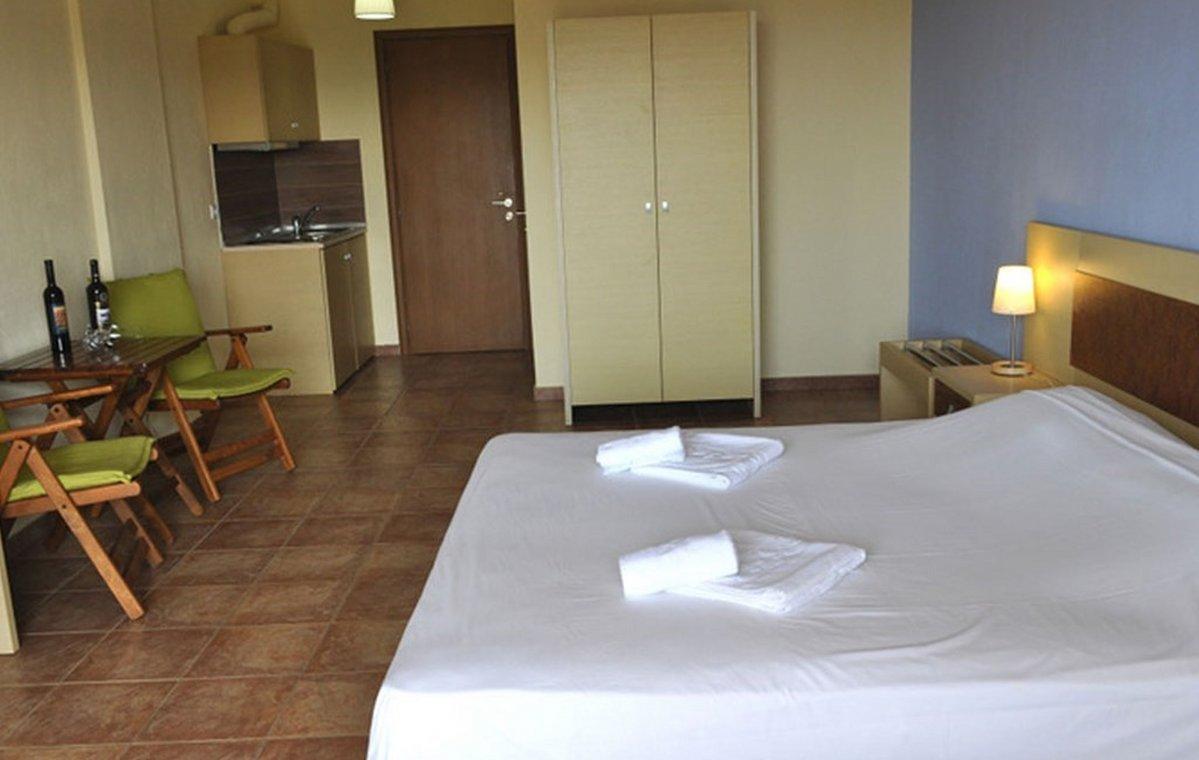 Letovanje_Grcka_Hoteli_Tasos_Moonbeam_hotel_Barcino_Tours-4-2.jpeg
