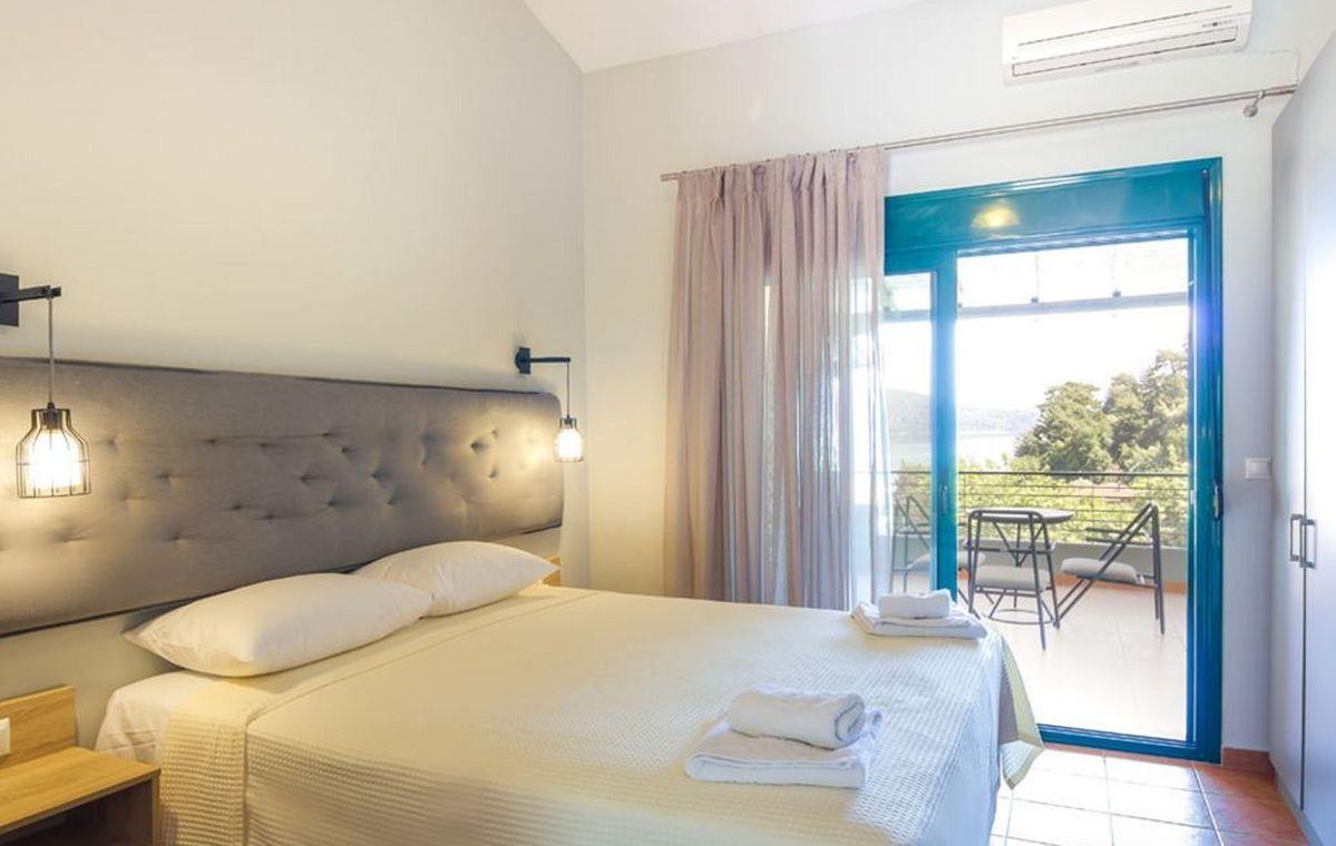 Letovanje_Grcka_Hoteli_Tasos_Ntinas_Filoxenia_hotel_Barcino_Tours-14.jpeg