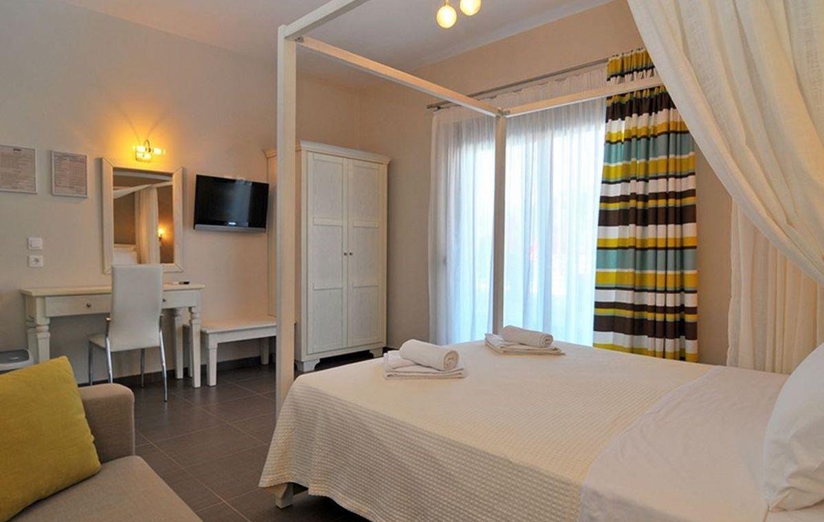 Letovanje_Grcka_Hoteli_Tasos_Ntinas_Filoxenia_hotel_Barcino_Tours-17.jpeg