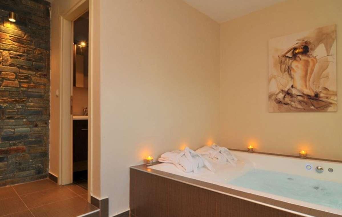 Letovanje_Grcka_Hoteli_Tasos_Ntinas_Filoxenia_hotel_Barcino_Tours-3-2.jpeg