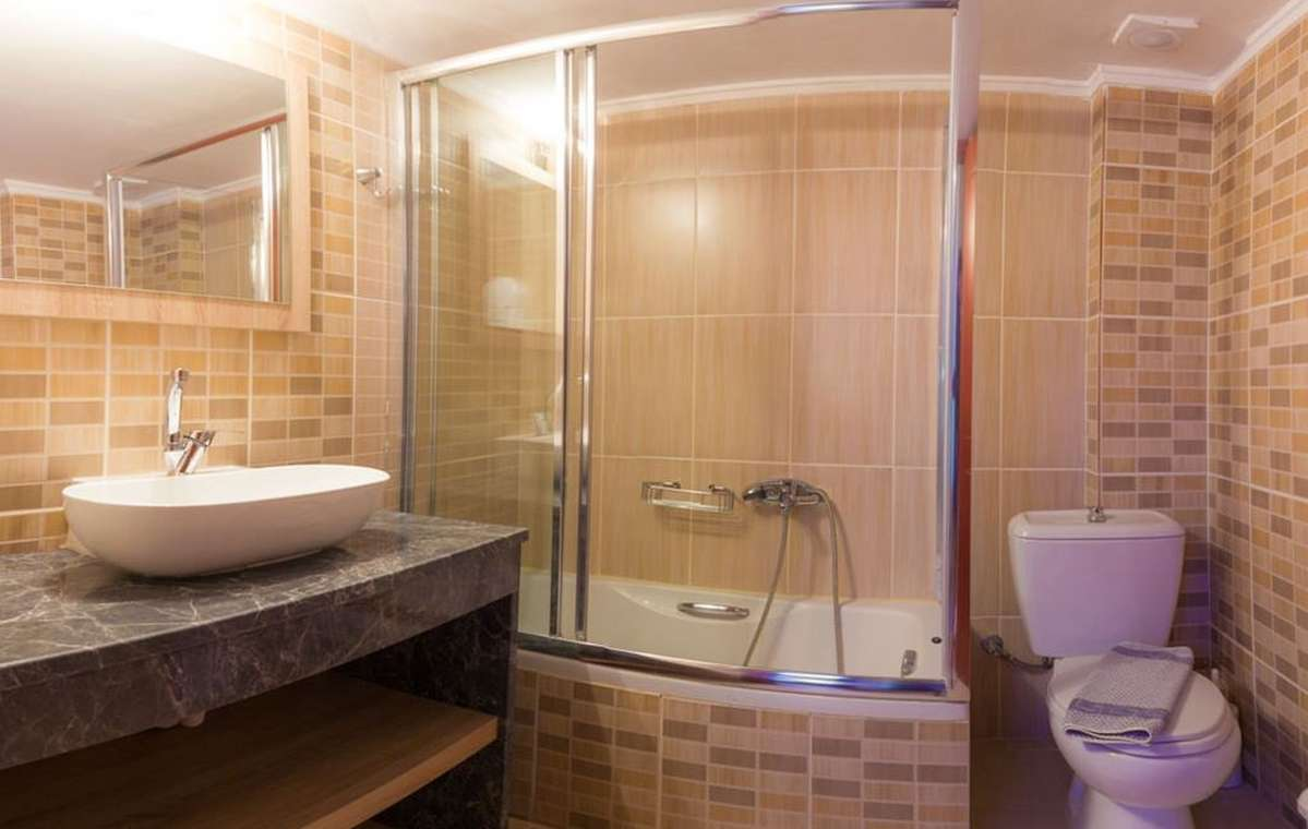 Letovanje_Grcka_Hoteli_Tasos_Ntinas_Filoxenia_hotel_Barcino_Tours-5-2.jpeg