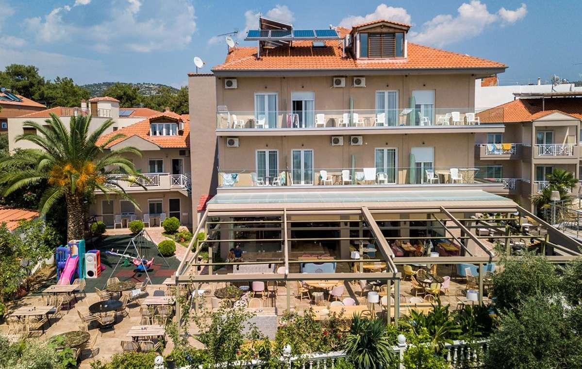 Letovanje_Grcka_Hoteli_Tasos_Potos_hotel_Barcino_Tours-10.jpg