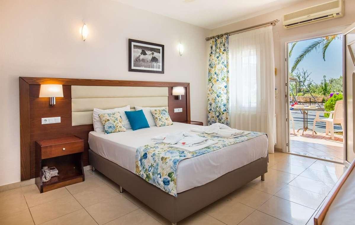 Letovanje_Grcka_Hoteli_Tasos_Potos_hotel_Barcino_Tours-8-1.jpg