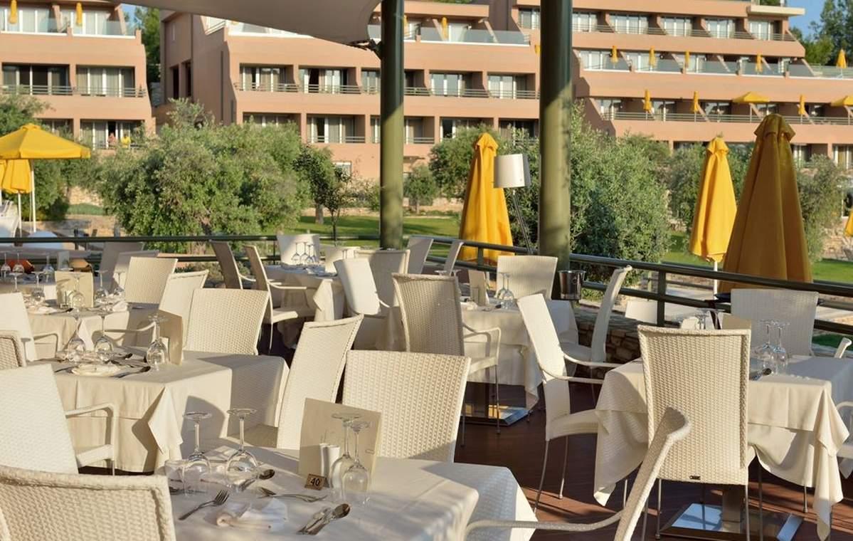 Letovanje_Grcka_Hoteli_Tasos_Royal_paradise_Beach_resort_hotel_Barcino_Tours-10-1.jpeg