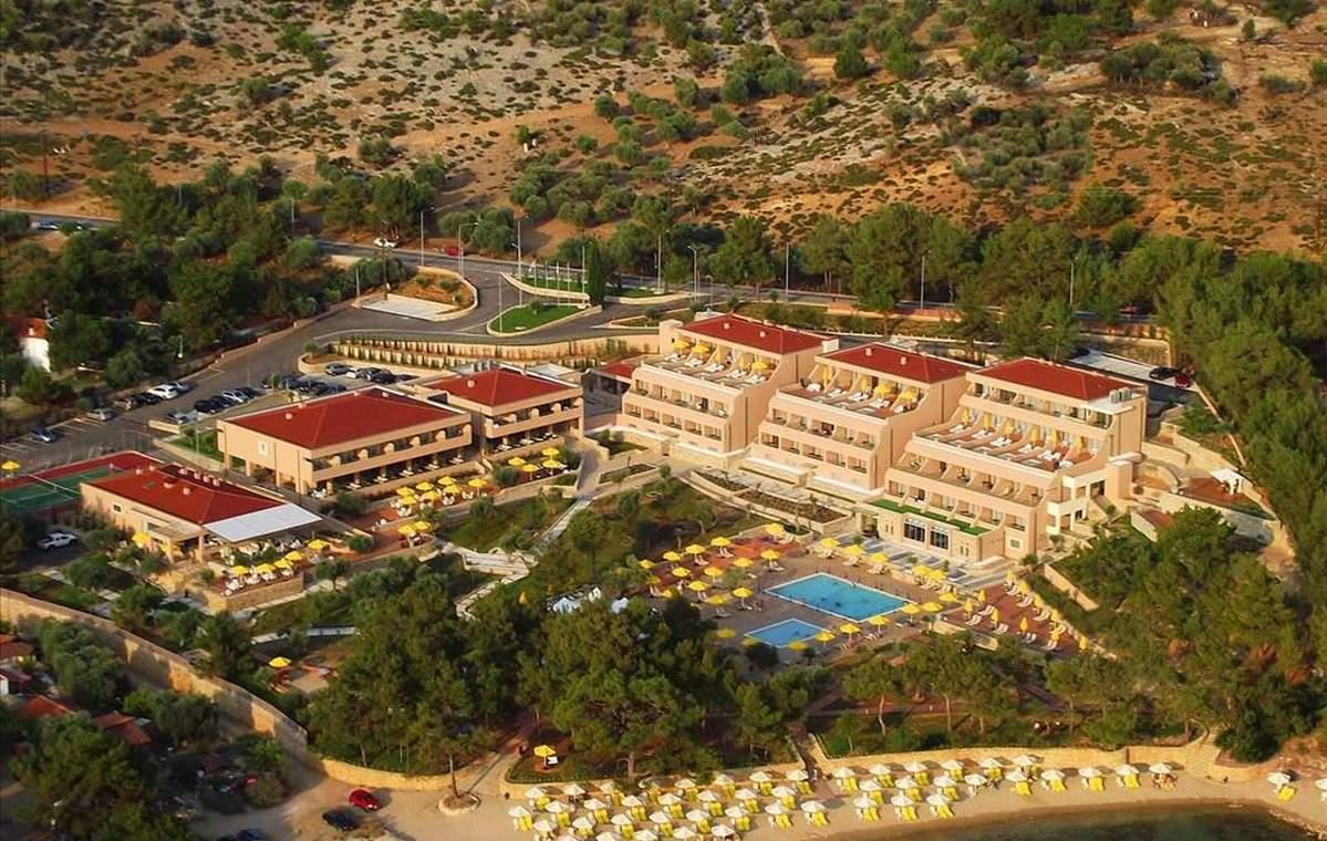 Letovanje_Grcka_Hoteli_Tasos_Royal_paradise_Beach_resort_hotel_Barcino_Tours-10.jpeg