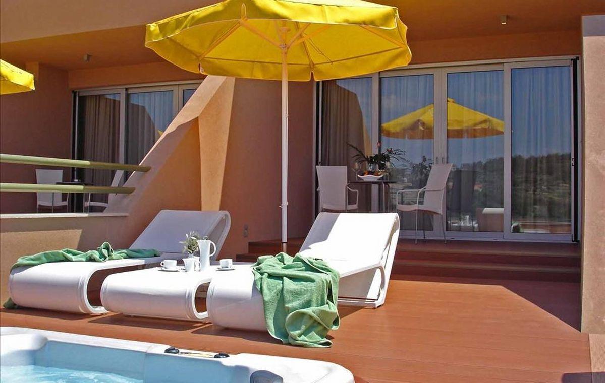 Letovanje_Grcka_Hoteli_Tasos_Royal_paradise_Beach_resort_hotel_Barcino_Tours-13-1.jpeg