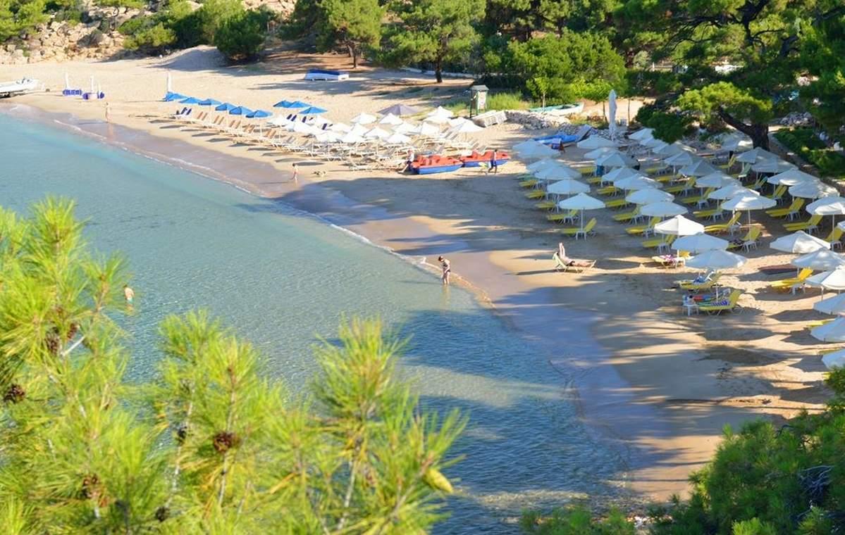 Letovanje_Grcka_Hoteli_Tasos_Royal_paradise_Beach_resort_hotel_Barcino_Tours-2.jpeg