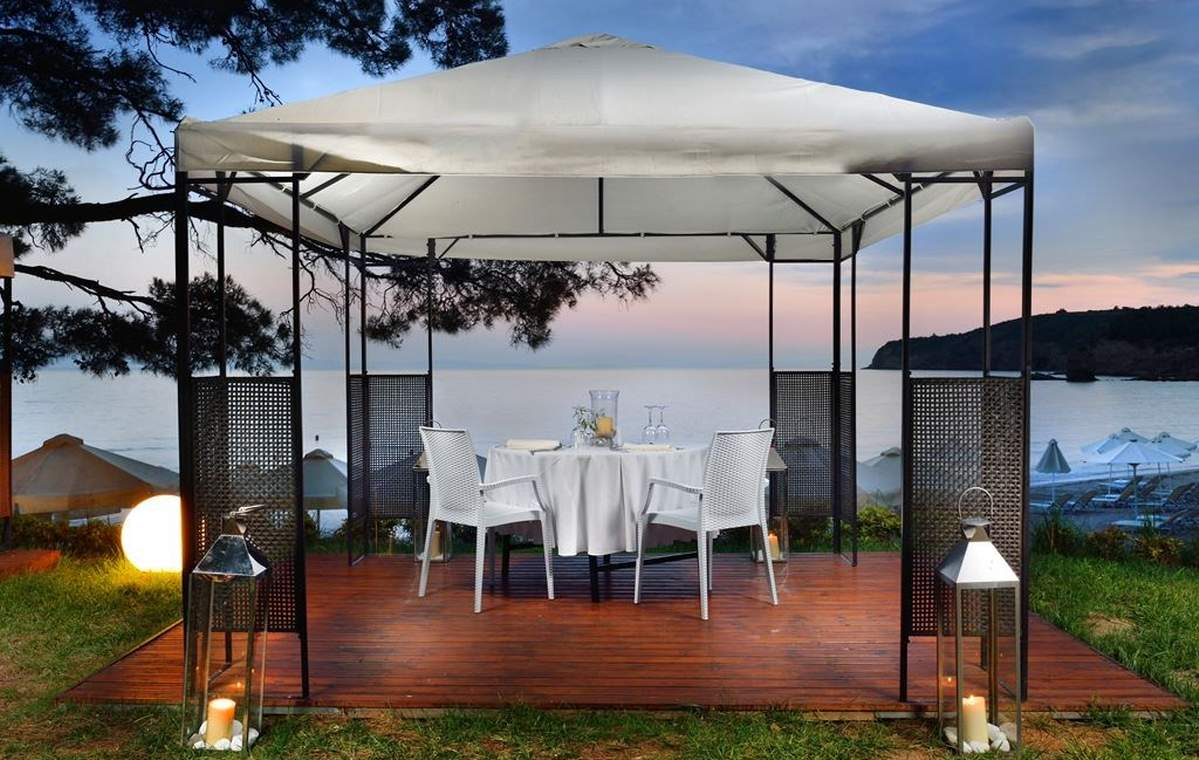 Letovanje_Grcka_Hoteli_Tasos_Royal_paradise_Beach_resort_hotel_Barcino_Tours-3-1.jpeg