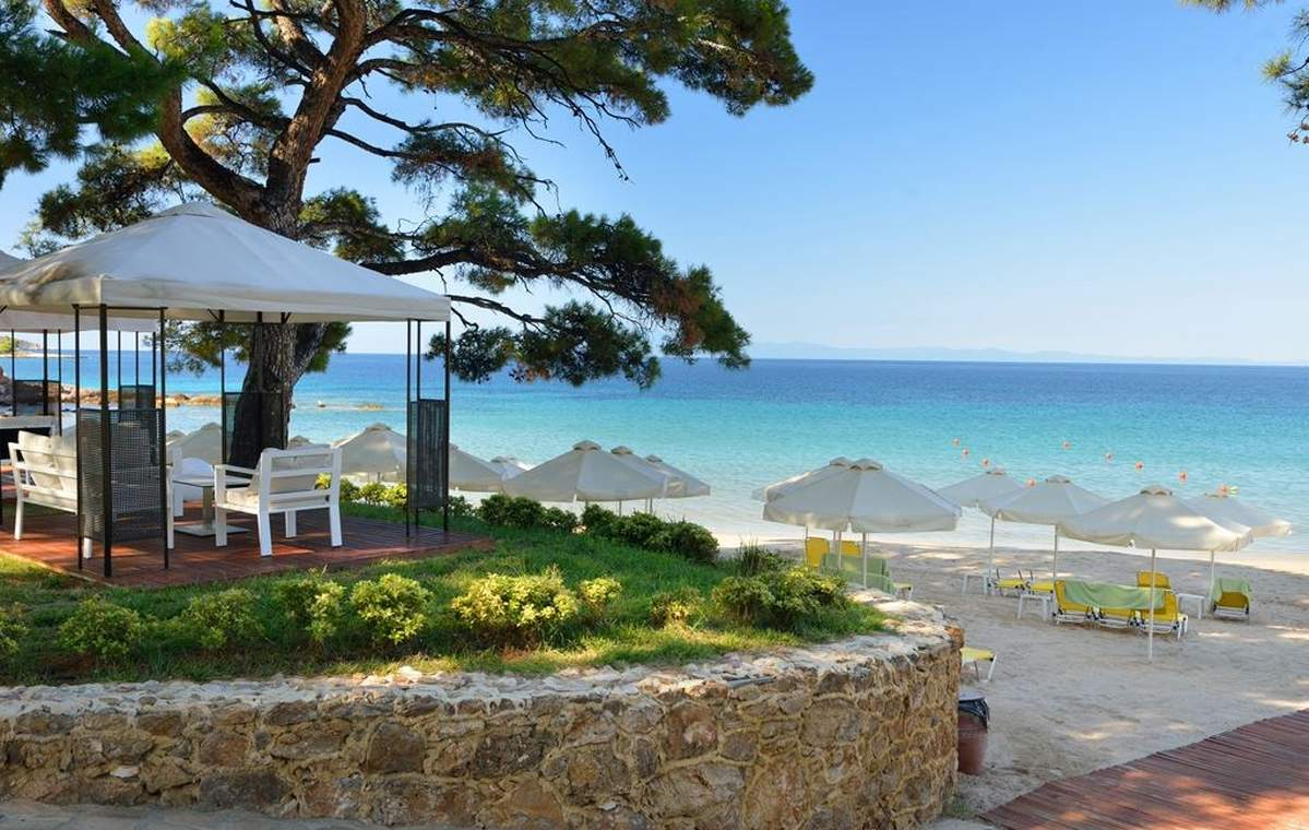 Letovanje_Grcka_Hoteli_Tasos_Royal_paradise_Beach_resort_hotel_Barcino_Tours-3.jpeg