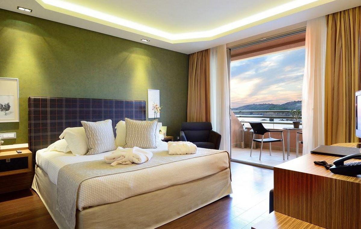 Letovanje_Grcka_Hoteli_Tasos_Royal_paradise_Beach_resort_hotel_Barcino_Tours-4-2.jpeg