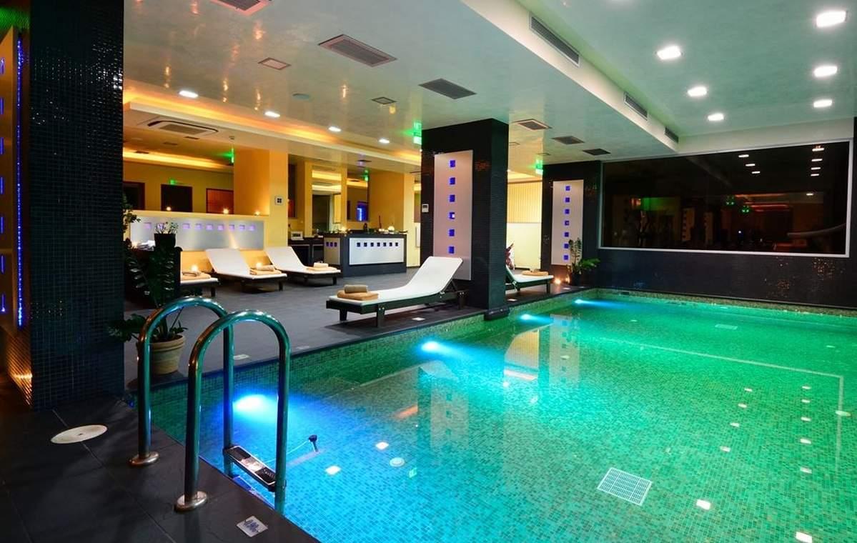 Letovanje_Grcka_Hoteli_Tasos_Royal_paradise_Beach_resort_hotel_Barcino_Tours-6-1.jpeg