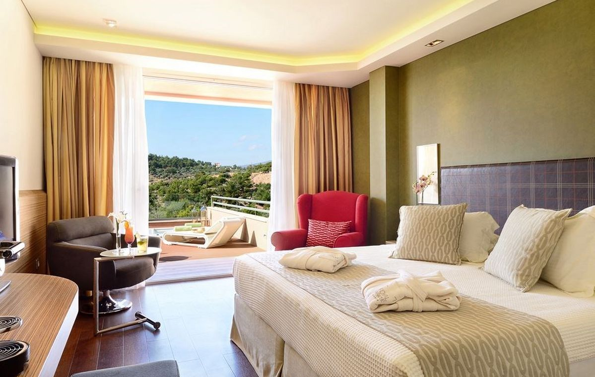 Letovanje_Grcka_Hoteli_Tasos_Royal_paradise_Beach_resort_hotel_Barcino_Tours-6-2.jpeg