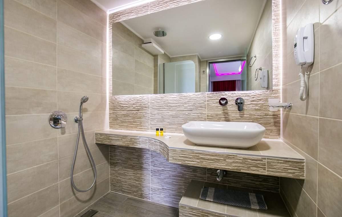 Letovanje_Grcka_Hoteli_Tasos_Sirines_hotel_Barcino_Tours-1-3.jpg