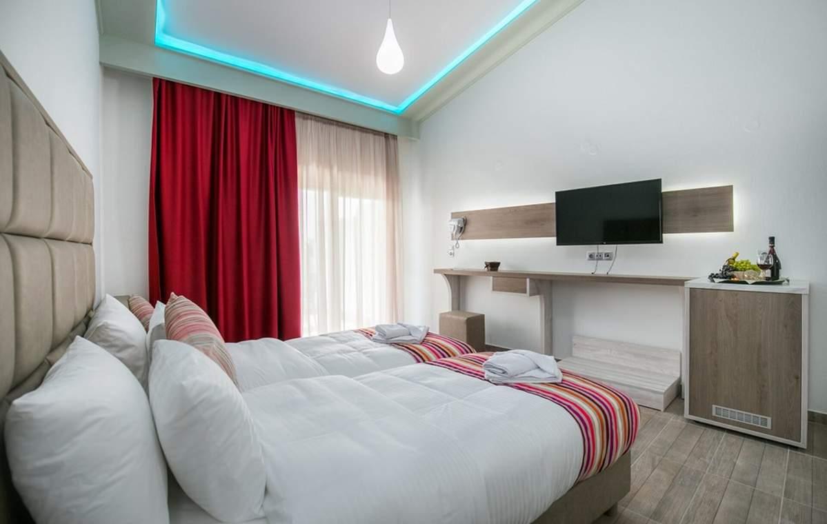 Letovanje_Grcka_Hoteli_Tasos_Sirines_hotel_Barcino_Tours-10-1.jpg