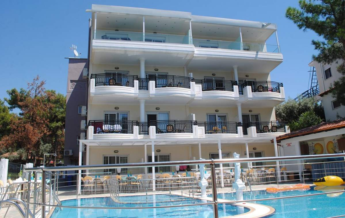 Letovanje_Grcka_Hoteli_Tasos_Sirines_hotel_Barcino_Tours-10.jpg