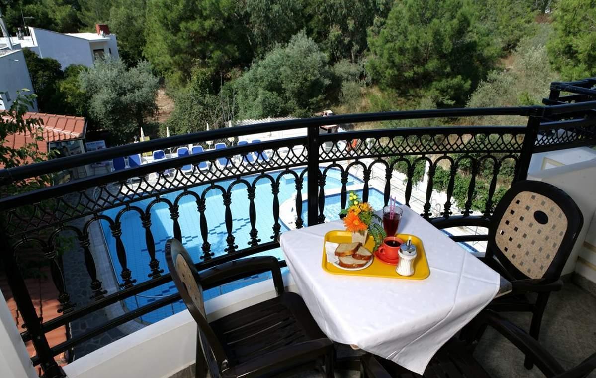 Letovanje_Grcka_Hoteli_Tasos_Sirines_hotel_Barcino_Tours-11-1.jpg