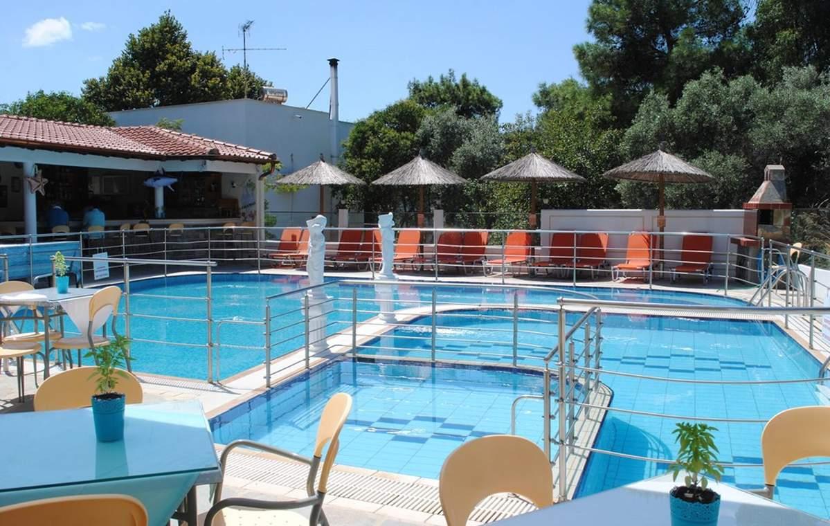 Letovanje_Grcka_Hoteli_Tasos_Sirines_hotel_Barcino_Tours-11.jpg