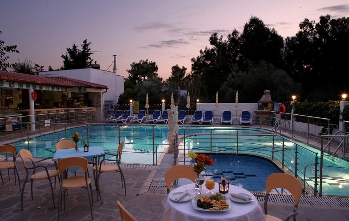 Letovanje_Grcka_Hoteli_Tasos_Sirines_hotel_Barcino_Tours-6.jpg