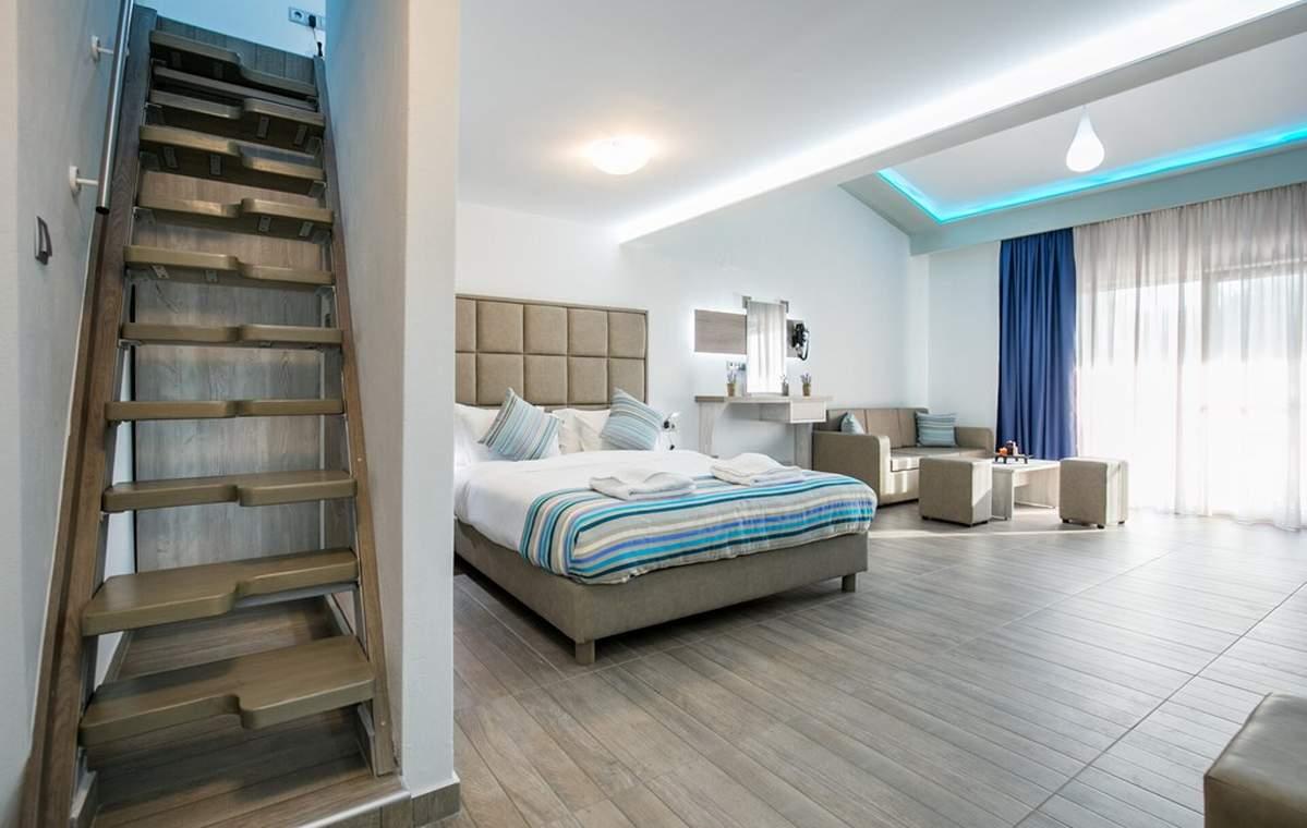Letovanje_Grcka_Hoteli_Tasos_Sirines_hotel_Barcino_Tours-9-1.jpg