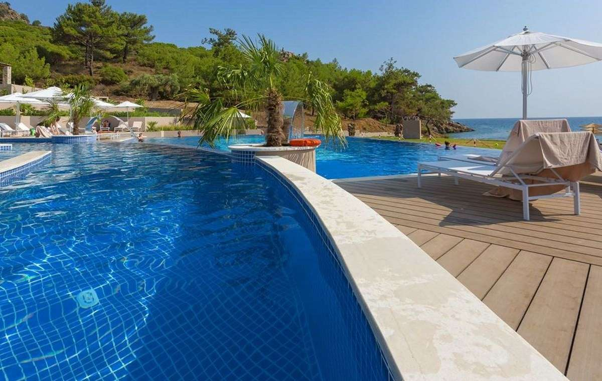 Letovanje_Grcka_Hoteli_Tasos_Thassos_grand_resort_hotel_Barcino_Tours-1.jpeg