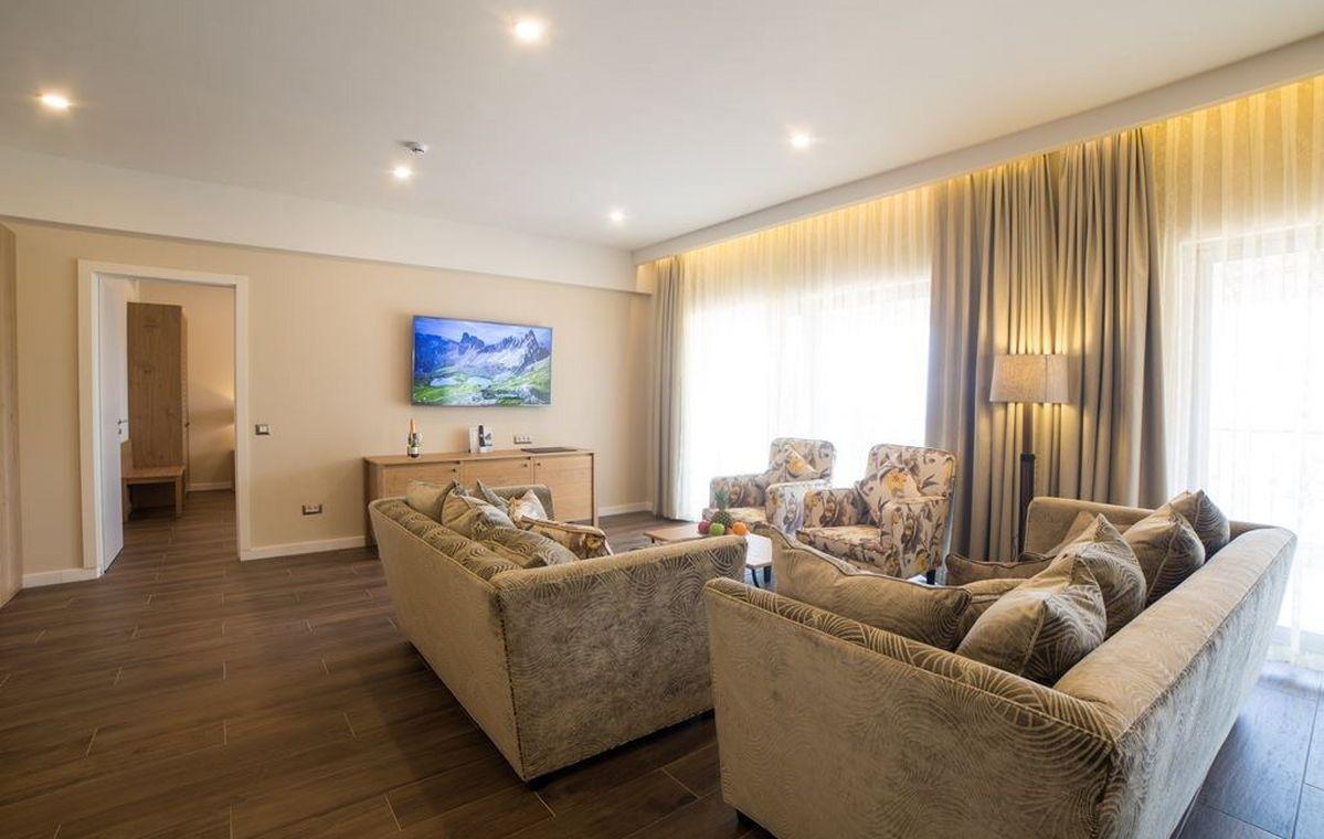 Letovanje_Grcka_Hoteli_Tasos_Thassos_grand_resort_hotel_Barcino_Tours-12-1.jpeg