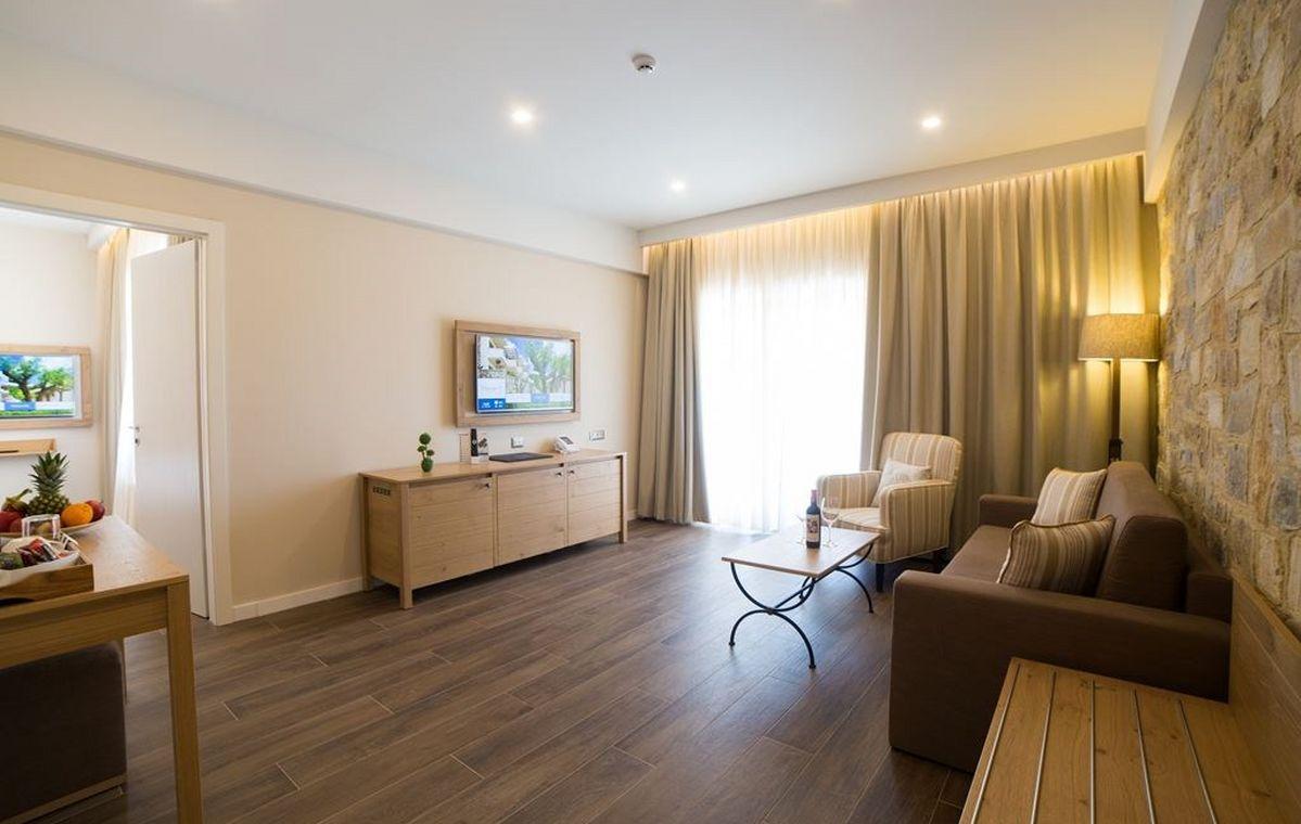 Letovanje_Grcka_Hoteli_Tasos_Thassos_grand_resort_hotel_Barcino_Tours-9-1.jpeg