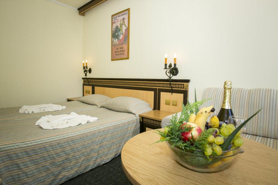 Letovanje_Hoteli_Bugarska_Elenite_Andalucia_Barcino_Tours7.jpg